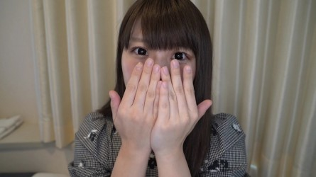 FC2PPV-1425256 【個人撮影】しろたん21歳の大学生★アイドルオタクの童顔美女は笑顔の綺麗なパイパン娘!ラストは大量中出しでオマンコから精液が大逆流!