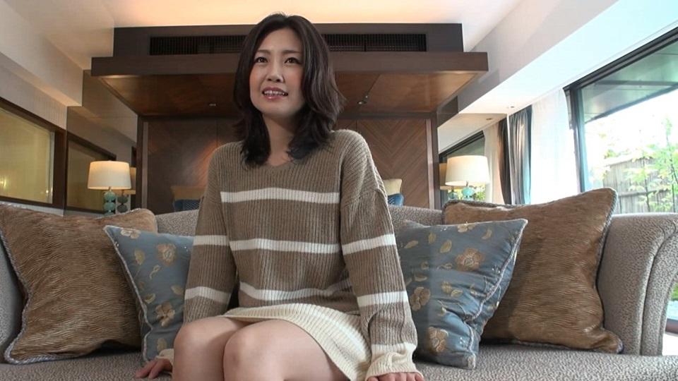 FC2PPV-1254113 【個人撮影】美人すぎる人妻と、秘密の中出しセックス♡モ無