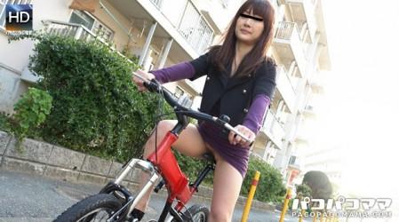 Paco-070211_405 ママチャリ 〜パイパン団地妻〜