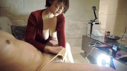 FC2PPV-1755497 【着衣x巨乳】赤いワンピースからはみ出るスライム乳❤️虚ろな目でチ○ポをしゃぶり続ける具合のいい女❤️初めてのクリバイブで失神痙攣 購入特典あり
