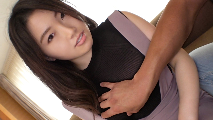 SIRO-4656 First shot Modest personality Bewitching appearance A receptionist with three saffles appears contrary to the neat appearance