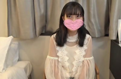 FC2PPV-2306598 18-year-old BA aspiring Ubukawa student. I'm so excited to feel it for the first time in my life! I have vaginal cum shot without permission.