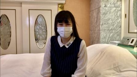 FC2PPV-2304647 うみちゃんの同級生。友達が舐め尽くした珍棒を上書きフェラ→大量顔射。